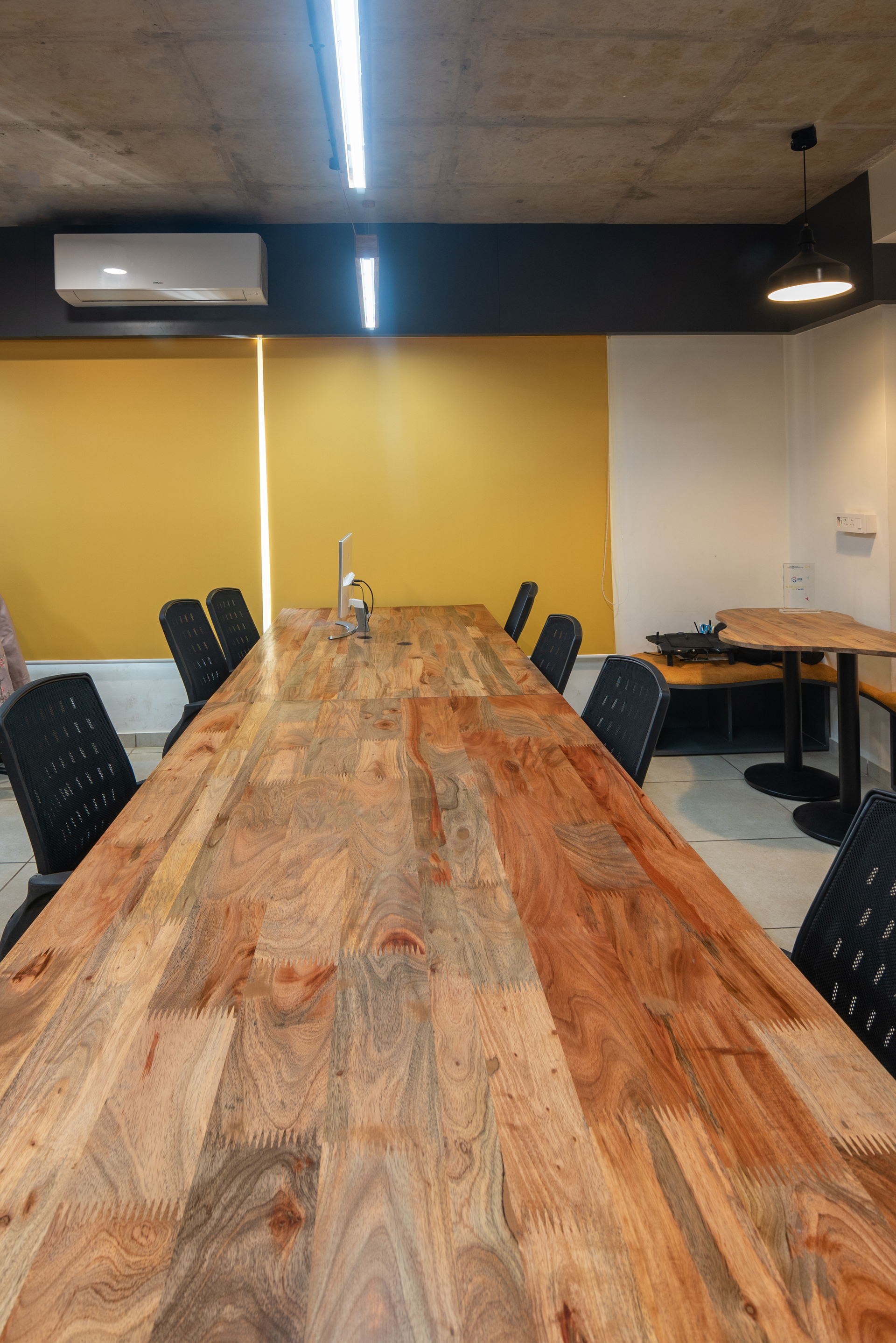 Phoenix-CoWorking Space-Open Dedicated Desk